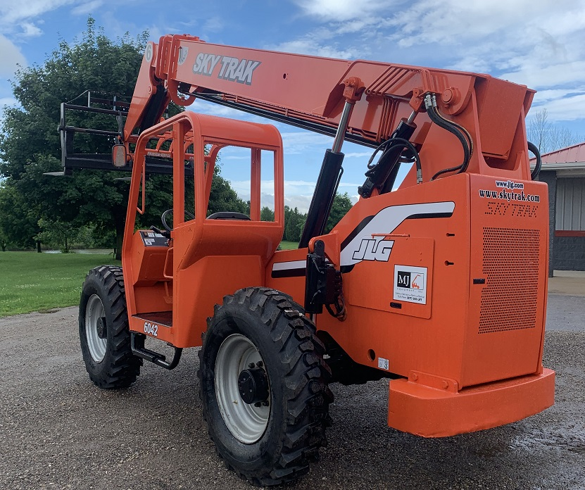 Used Skytrak 6042 Telehandler for Sale with Bucket